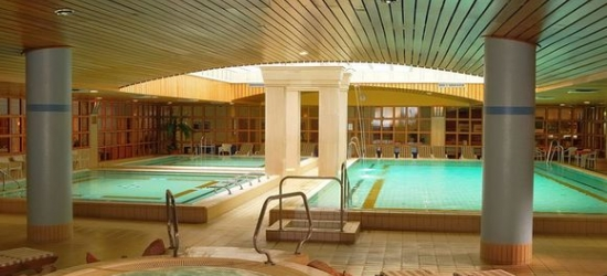 Budapest - Thermal Spa and Beautiful Views of the Danube at the The Aquincum Hotel Budapest 4*