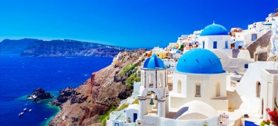 Greece / Cyclades - Explore the Azure Aegean Seas at the Cyclades Island Hopping 4*