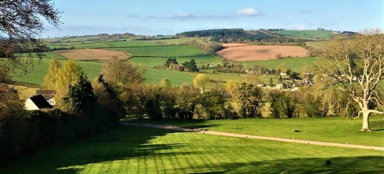 Wye Valley: Double Room for Two with Breakfast and Option for Dinner and Late Check-Out at Pilgrim Country House Hotel