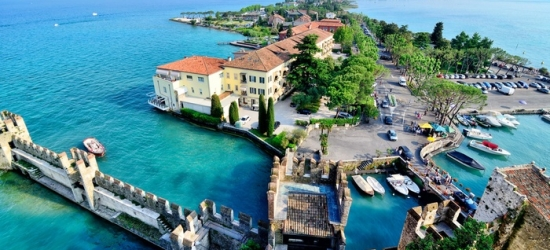✈ Milan or Venice and Lake Garda: 4-6 Nights Hotel Stay with Flights and Train Transfers*