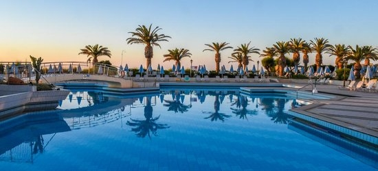 7 nights at the 4* Creta Star Hotel, Rethymnon, Crete