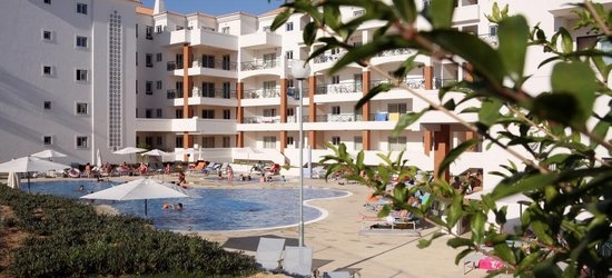 7 nights at the 4* Victoria Beach and Sports Hotel, Albufeira, Algarve
