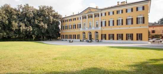£96pp Based on 2 people per room | Villa Dei Cedri, Near Verona, Italy
