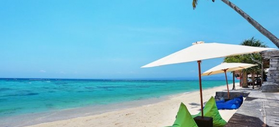 Bali / Ubud, Nusa Lembongan & Nusa Dua - Three Romantic Resorts with Optional City Stopover at the Desa Visesa Ubud, Lembongan Beach Club Resort & The Club Villas Seminyak with Optional Singapore