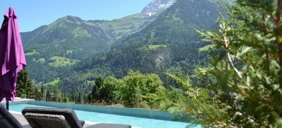 30km from Montreux - Historic 19th Century Spa Hotel in Mountain Village at the Hotel National Resort & Spa 4*