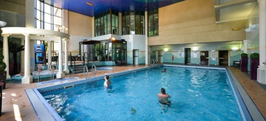 West Yorkshire: Room for Two with Breakfast, Dinner, Prosecco and Health Club Entry at Cedar Court Hotel Leeds Bradford