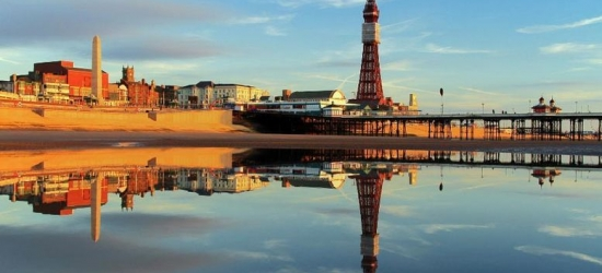 2-3nt Blackpool Break & Breakfast for 2 - Choice of Hotel!