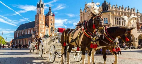 2nt Luxury Krakow Break, Breakfast  - Auschwitz Tour Option