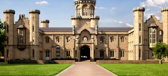 £72pp Based on 2 people per night   Studley Castle Hotel, Studley, Warwickshire