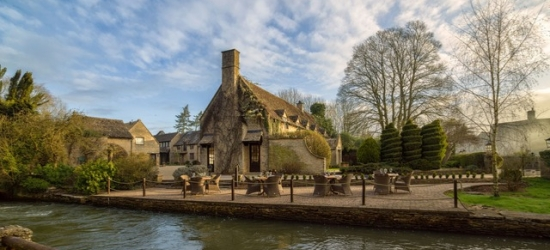 £124pp Based on 2 people per night | Minster Mill, Witney, Oxfordshire
