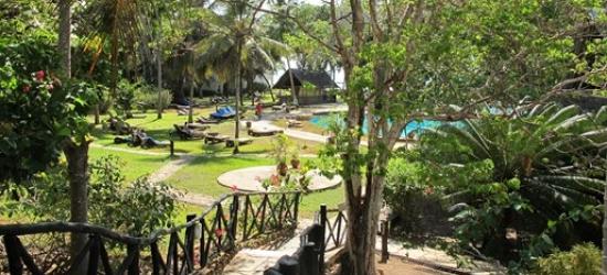 Kenya: 8-nt beach & safari holiday w/game drives