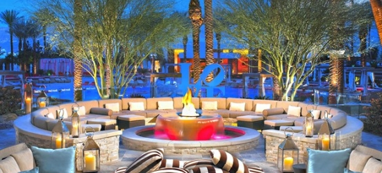 £63 & up -- 5-Star Vegas Hotel w/Spa Credit