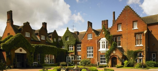 Norfolk: One-Night Stay for Two with Breakfast, Wine and Option for Dinner at 4* Sprowston Manor Hotel & Country Club