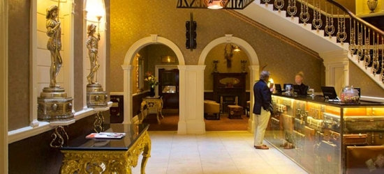 Chester: Double or Twin Room for Two with Breakfast and Option for Dinner at 4* Hallmark Hotel Chester, The Queen