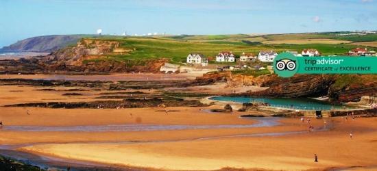 2-3nt Cornwall Yurt Retreat, Towels, Linens & Cream Tea for 4