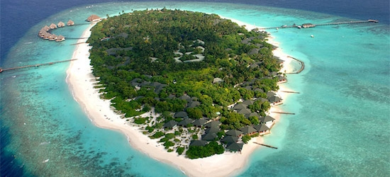 7 nights at the 4* Adaaran Select Meedhupparum Maldives