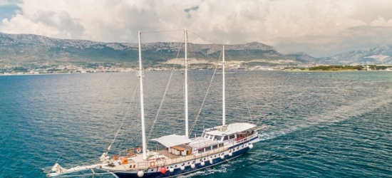 Unforgettable Croatian island-hopping cruise aboard a wooden gulet, On board the MS Nostalgia or MS Gideon