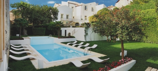 £36pp Based on 2 people per night   Villa del Lauro, Sicily, Italy