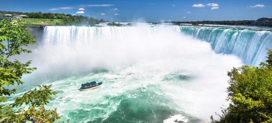 City slicking & Niagara Falls stay in Canada, Toronto, Niagara Falls & Montreal