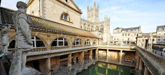 £174 & up -- Bath stay w/meals, bubbly & 'stupendous views'