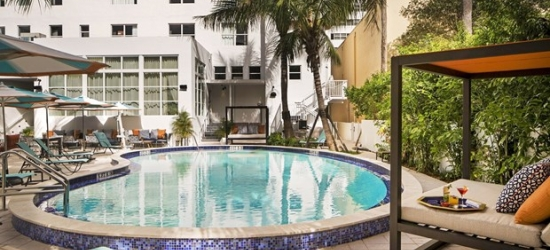 £54-£81 -- 'Retro-Chic' Miami Hotel incl. Weekends, 45% Off