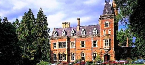 Warwickshire: Standard or Executive Room for Two with Breakfast and Two-Course Dinner at Brownsover Hall Hotel