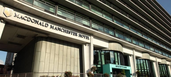 4* Manchester Stay & Prosecco for 2 @ Macdonald Manchester