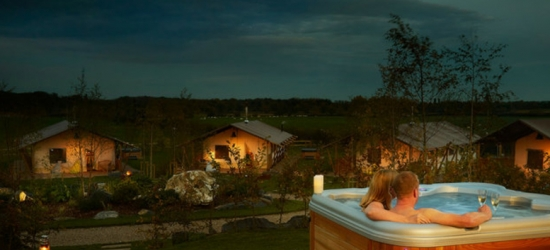 Glamping Lodge, Hot Tub & Activities for 6