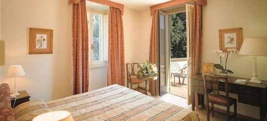 3 nights at the 4* Parkhotel Villa Grazioli, Rome