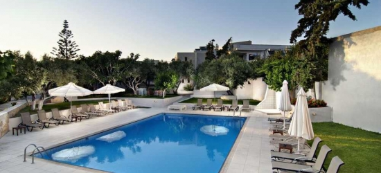 Self-catered 4* Crete apartment holiday