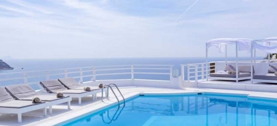 4* getaway in Mykonos, Greece