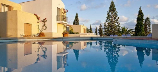 7 nights in Oct at the 4* Galaxy Villas, Crete East, Greece
