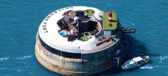 £439pp Based on 2 people per suite per night | Spitbank Fort, Solent, Portsmouth