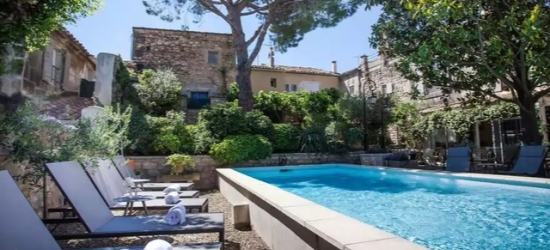 Based on 2 people per night | Tranquil Provence stay in a countryside villa, Villa Régalido, Fontvieille, France