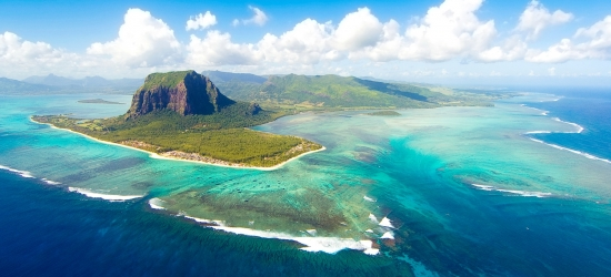 7-nt deluxe all-inc Mauritius holiday
