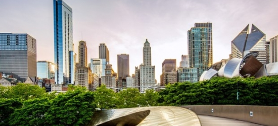 £130 & up -- Visit Chicago: 4-Star Gold Coast Hotel w/Breakfast