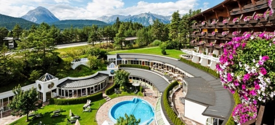 £401 & up --2-night break in Tyrol: Suite w/dinner & champagne, save 45%