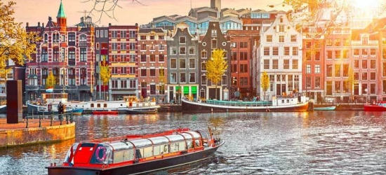 2-3nt Amsterdam Escape  - Riverside Location!