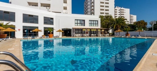 7nts at the 3* Janelas do Mar, Algarve