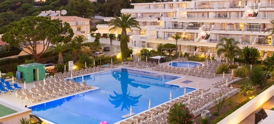 7nts at the 4* Muthu Clube Praia Da Oura, Algarve