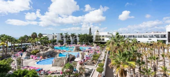 4* Lanzarote week w/breakfast & flights