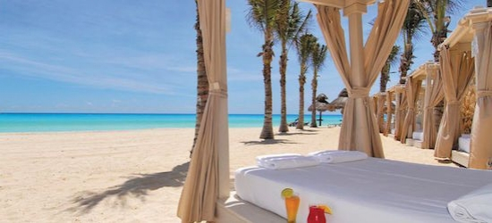 Luxury 5* all-inclusive Cancun getaway