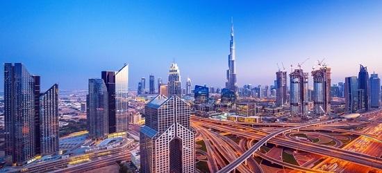 Dubai: 4* getaway w/flights