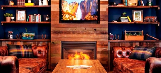 £85 & up-- HipLake Tahoe Hotel w/Drinks & Fireside S'mores