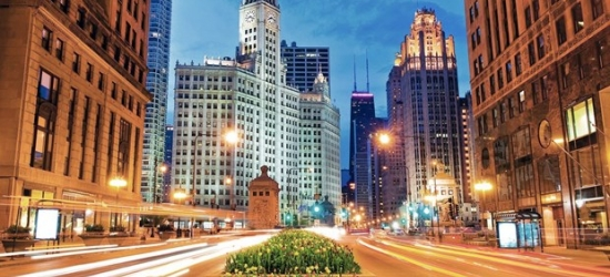 £93-- Chicago Mag Mile Hotel w/Parking, Save 70%