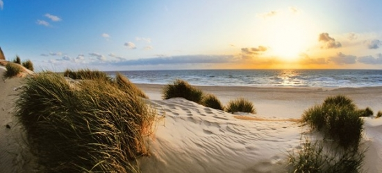 £392 -- German North Sea: 4-night Suite stay on the beach island of Sylt, 52% off