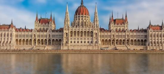 ✈ Budapest: 2 to 5 Nights at 4* Hotel Mediterran or Golden Park Hotel with Return Flights*