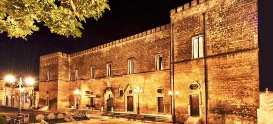 Puglia: camera Suite Superior con colazione, cena, Spa e visita guidata al Castello Conti Filo Resort per 2 persone
