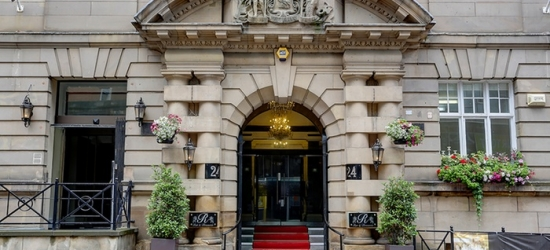 Liverpool: camera Standard o Junior Suite per 2 con colazione, Prosecco e cena opzionale all'Hotel The Richmond