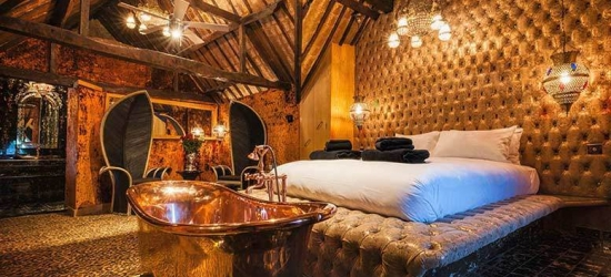5* Crazy Bear Stay for 2, Champagne, 3-Course Dinner & Breakfast - 2 Locations!